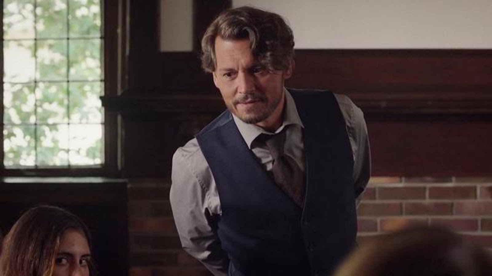 Johnny Depp torna al cinema con Arrivederci professore