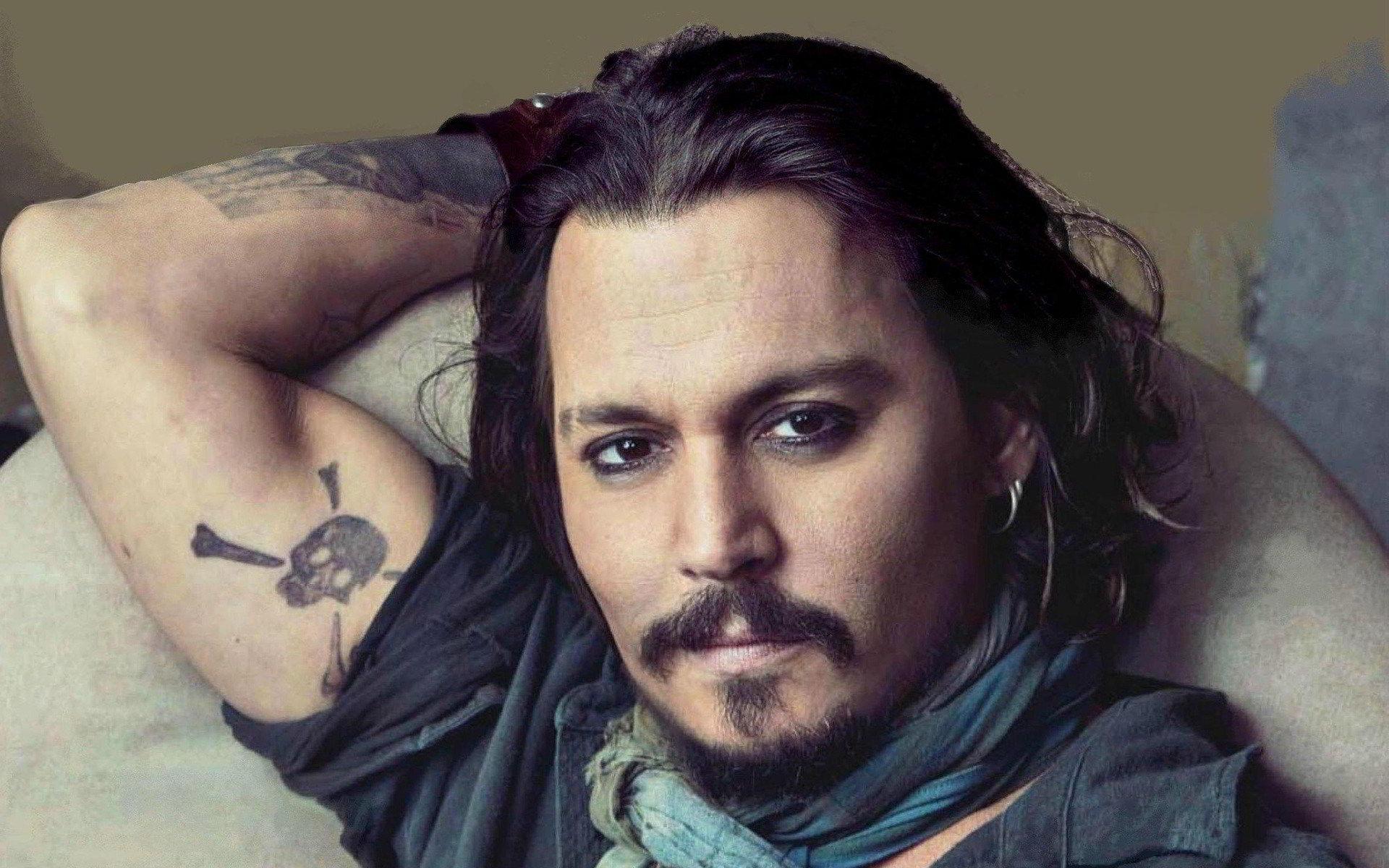 Johnny Depp, l'attore poliedrico compie 56 anni